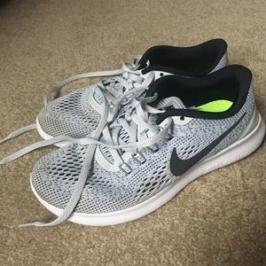 Women's Nike Free RN training shoes